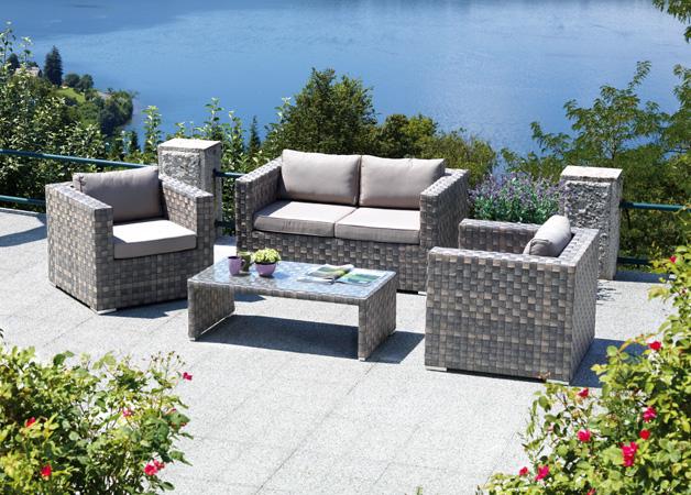 Mobili da giardino rattan on line idee creative e for Offerte mobili salotto